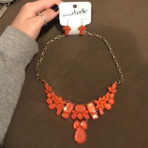 Statement necklace + earring set